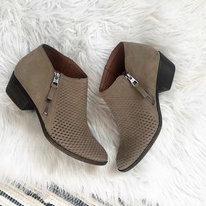 Lucky Brand Laser Cut Ankle Booties 9M